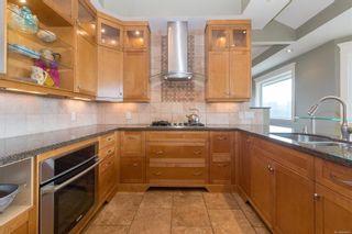 Photo 17: 2206 Woodhampton Rise in Langford: La Bear Mountain House for sale : MLS®# 886945