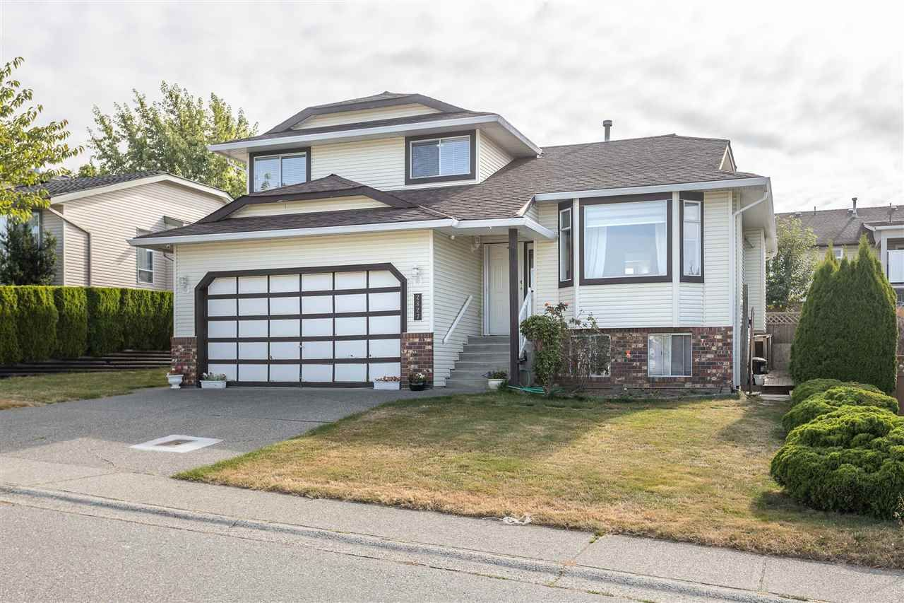 """Main Photo: 2827 CROSSLEY Drive in Abbotsford: Abbotsford West House for sale in """"ELWOOD ESTATES-SOUTHERN DRIVE"""" : MLS®# R2487672"""