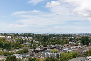 """Photo 20: 1304 3455 ASCOT Place in Vancouver: Collingwood VE Condo for sale in """"Queens Court"""" (Vancouver East)  : MLS®# R2608470"""