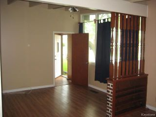 Photo 2: 152 Kildare Avenue in WINNIPEG: Transcona Residential for sale (North East Winnipeg)  : MLS®# 1513855