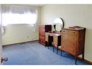 Photo 15: 622 BRACEWOOD Drive SW in Calgary: Braeside House for sale : MLS®# C4055909