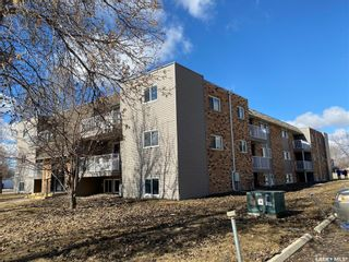 Photo 4: 22 Units 1805 Coteau Avenue in Weyburn: Multi-Family for sale : MLS®# SK854835