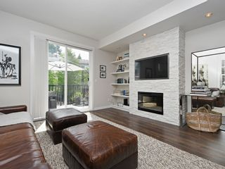 "Photo 3: 65 101 FRASER Street in Port Moody: Port Moody Centre Townhouse for sale in ""CORBEAU"" : MLS®# R2391678"