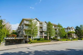 "Photo 2: 305 8084 120A Street in Surrey: Queen Mary Park Surrey Condo for sale in ""ECLIPSE"" : MLS®# R2573374"