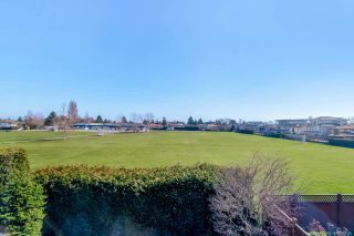 Photo 14: 10470 HOLLYBANK Drive in Richmond: Steveston North House for sale : MLS®# R2446470