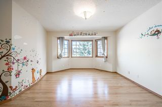 Photo 22: 219 SIGNAL HILL Point SW in Calgary: Signal Hill Detached for sale : MLS®# A1071289