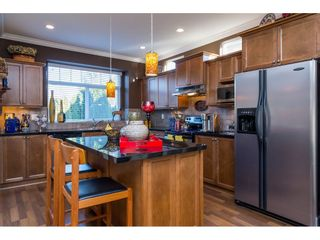 """Photo 7: 6775 206 Street in Langley: Willoughby Heights House for sale in """"TANGLEWOOD"""" : MLS®# R2140002"""