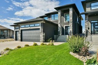 Photo 2: 4414 Wolf Willow Place in Regina: The Creeks Residential for sale : MLS®# SK870211