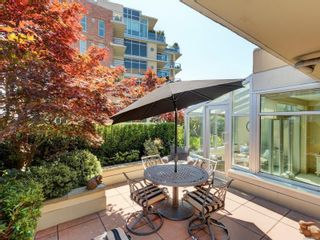 Photo 2: N707 737 Humboldt St in : Vi Downtown Condo for sale (Victoria)  : MLS®# 882584