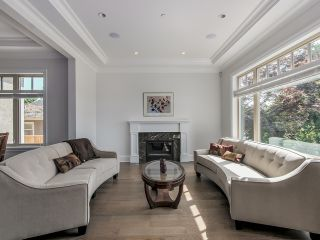 Photo 2: 7458 Maple St in Vancouver: Home for sale : MLS®# V1125075