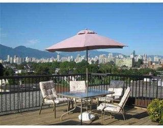 "Photo 4: 209-2125 W 2nd Ave in Vancouver: Kitsilano Condo for sale in ""Sunny Lodge"" (Vancouver West)"