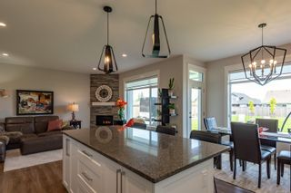 Photo 17: 2255 Forest Grove Dr in : CR Campbell River West House for sale (Campbell River)  : MLS®# 876456