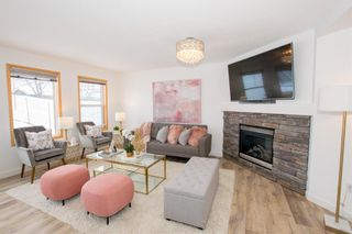 Photo 9: 186 Somerside Crescent SW in Calgary: Somerset Detached for sale : MLS®# A1085183