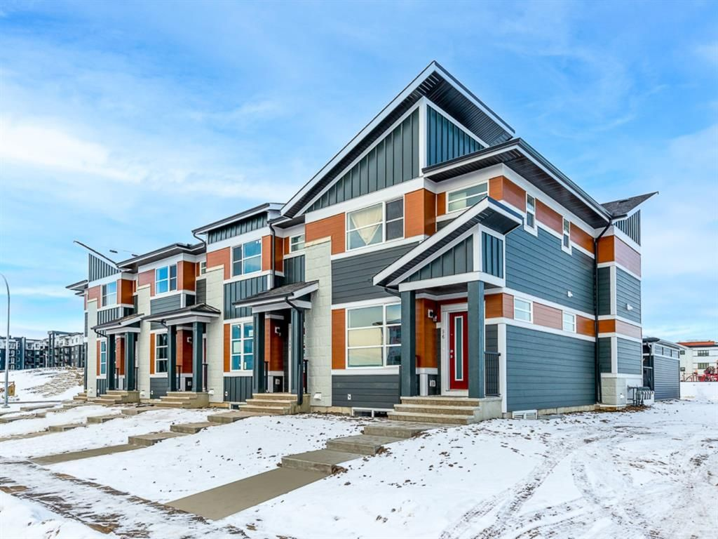 Main Photo: 108 Skyview Parade NE in Calgary: Skyview Ranch Row/Townhouse for sale : MLS®# A1065151