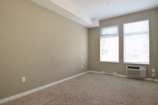 """Photo 6: 204 2238 WHATCOM Road in Abbotsford: Abbotsford East Condo for sale in """"Waterleaf"""" : MLS®# R2391308"""