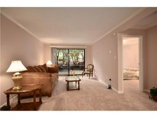 """Photo 3: 104 37 AGNES Street in New Westminster: Downtown NW Condo for sale in """"AGNES COURT"""" : MLS®# V927022"""