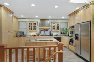 Photo 17: 1633 Shelbourne Street SW in Calgary: Scarboro Detached for sale : MLS®# A1072418