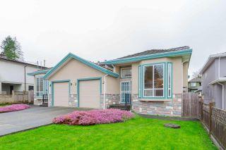 Photo 2: 6429 DENBIGH Avenue in Burnaby: Forest Glen BS 1/2 Duplex for sale (Burnaby South)  : MLS®# R2591705