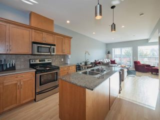 Photo 5: 203 2655 MARY HILL Road in Port Coquitlam: Central Pt Coquitlam Condo for sale : MLS®# R2313705