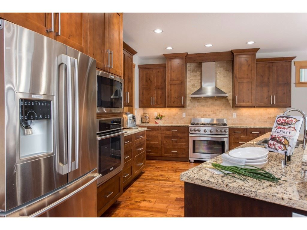 """Photo 11: Photos: 115 45473 ARIEL Place: Cultus Lake House for sale in """"Riverstone Heights"""" : MLS®# R2539139"""
