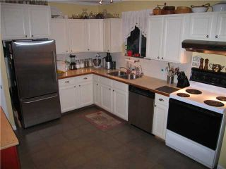 Photo 3: 334 SIMPSON Street in New Westminster: Sapperton House for sale : MLS®# V860048