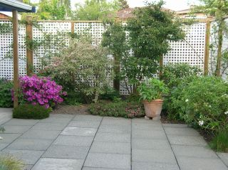 """Photo 8: 10351 HOGARTH Place in Richmond: Woodwards House for sale in """"WOODWARDS"""" : MLS®# V881151"""