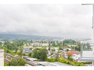 """Photo 19: 1306 258 NELSON'S Court in New Westminster: Sapperton Condo for sale in """"THE COLUMBIA AT BREWERY DISTRICT"""" : MLS®# R2472326"""