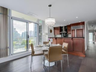 Photo 5: 803 428 BEACH Crescent in Vancouver: Yaletown Condo for sale (Vancouver West)  : MLS®# R2072146