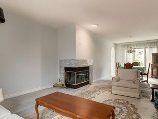 Photo 9: 636 STRATTON Terrace SW in Calgary: Strathcona Park Semi Detached for sale : MLS®# C4203169