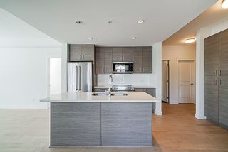"Photo 5: 205 1166 54A Street in Tsawwassen: Tsawwassen Central Condo for sale in ""Brio"" : MLS®# R2302910"