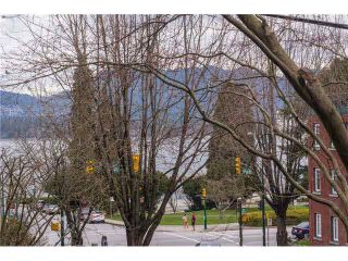 """Photo 1: 105 1575 BALSAM Street in Vancouver: Kitsilano Condo for sale in """"Balsam West"""" (Vancouver West)  : MLS®# V1108144"""