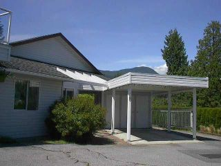 Photo 1: 8 699 DOUGALL ROAD in Gibsons: Gibsons & Area Townhouse for sale (Sunshine Coast)  : MLS®# V1056556