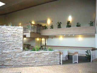 Photo 5: 204 - 2425 90 Avenue SW in Calgary: Palliser Condo for sale : MLS®# C3549903