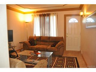 Photo 3: 1660 Arlington Street in WINNIPEG: North End Residential for sale (North West Winnipeg)  : MLS®# 1318907