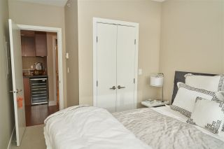 "Photo 13: 1601 3008 GLEN Drive in Coquitlam: North Coquitlam Condo for sale in ""M2"" : MLS®# R2371560"