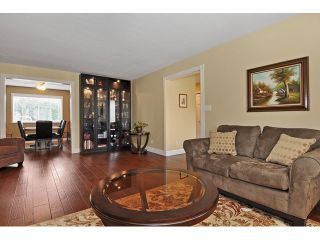 Photo 3: 14760 87A Avenue in Surrey: Bear Creek Green Timbers House for sale : MLS®# F1431665