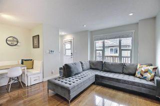Photo 4: 9502 86 Avenue in Edmonton: Zone 18 House Half Duplex for sale : MLS®# E4241046