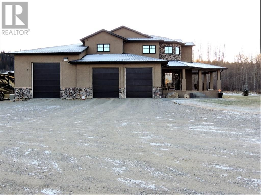Main Photo: 4, 24513 East River Road in Hinton: House for sale : MLS®# A1038683