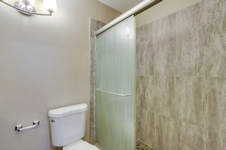 Photo 5: POWAY House for sale : 3 bedrooms : 12502 Holland