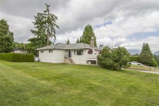 Photo 2: 340 VALOUR DRIVE in Port Moody: College Park PM House for sale : MLS®# R2185801