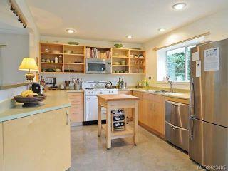 Photo 3: 6633 RENNIE ROAD in COURTENAY: Z2 Courtenay North House for sale (Zone 2 - Comox Valley)  : MLS®# 623485