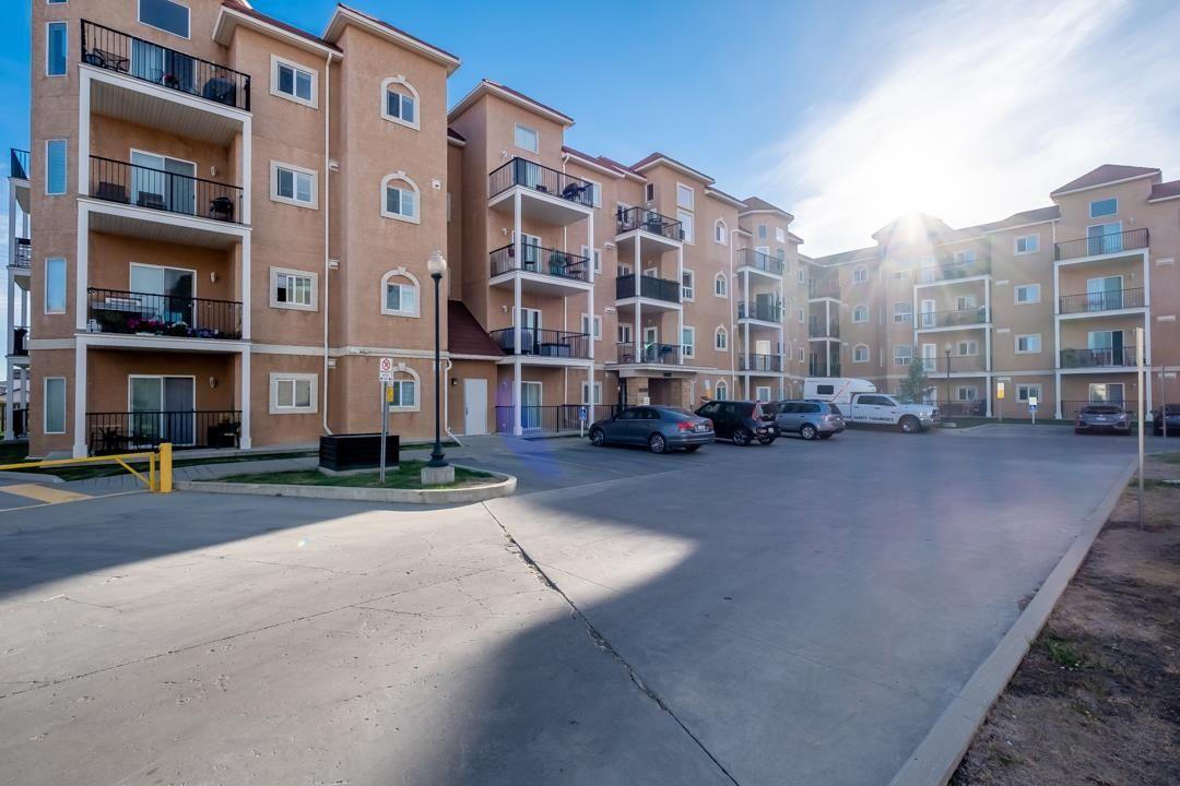 Main Photo: 117 13835 155 Avenue in Edmonton: Zone 27 Condo for sale : MLS®# E4262939