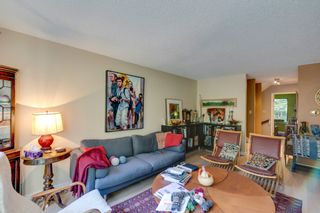 Photo 5: Exclusive Listing at Laura Lynne in Lynn Valley, North Vancouver