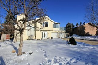 Photo 3: 360 Lake Bonavista Drive SE in Calgary: Lake Bonavista Detached for sale : MLS®# A1058873