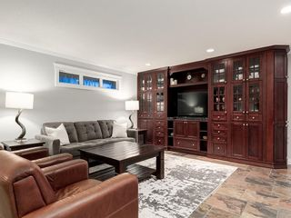 Photo 16: 207 WILLOW RIDGE Place SE in Calgary: Willow Park Detached for sale : MLS®# C4302398