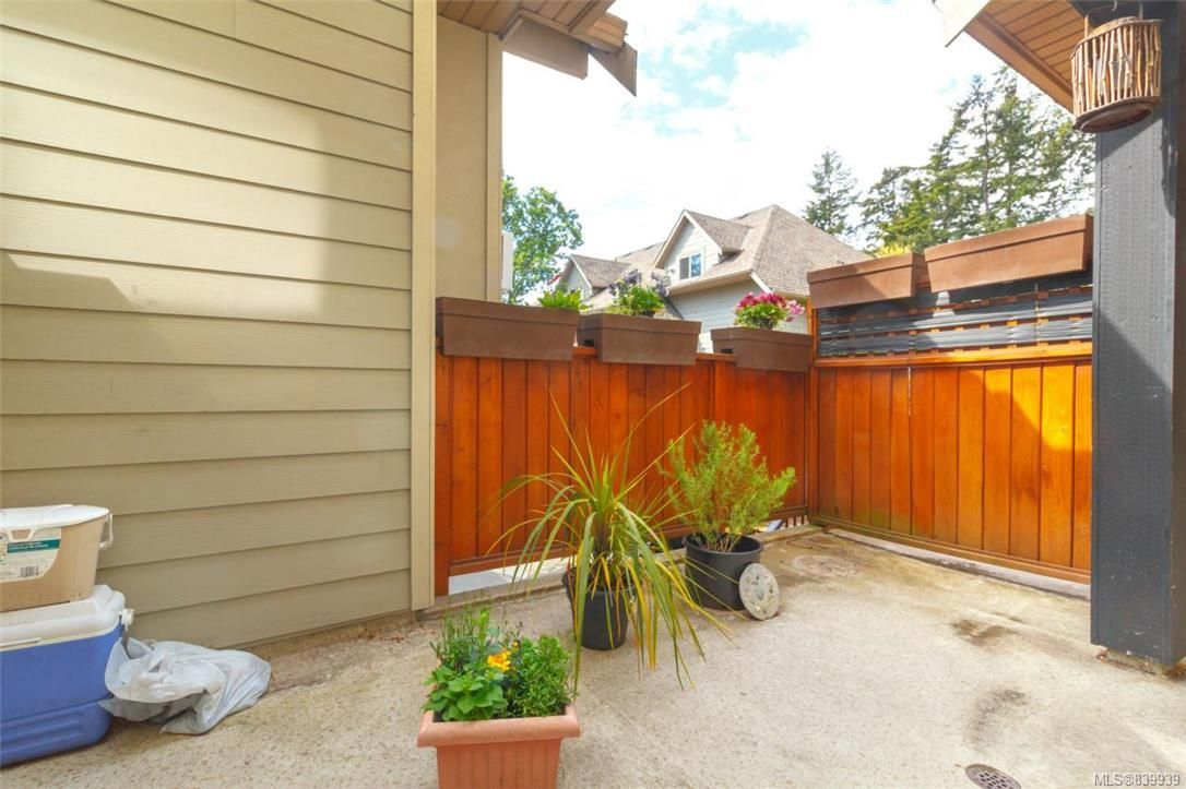 Photo 16: Photos: 205 785 Station Ave in Langford: La Langford Proper Row/Townhouse for sale : MLS®# 839939