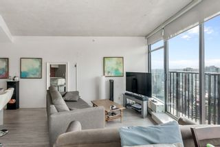 """Photo 3: 3208 128 W CORDOVA Street in Vancouver: Downtown VW Condo for sale in """"Woodwards (W43)"""" (Vancouver West)  : MLS®# R2538391"""