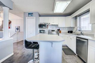 Photo 3: 8305 120 Avenue in Edmonton: Zone 05 House Half Duplex for sale : MLS®# E4244041
