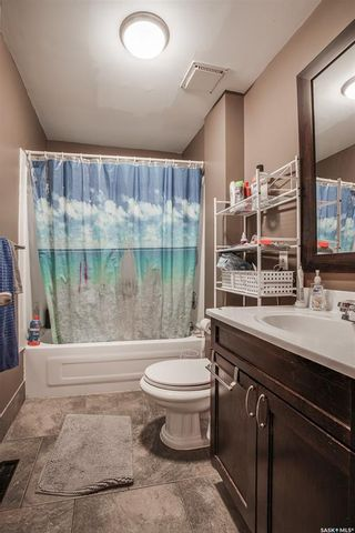 Photo 10: 1302 2nd Avenue North in Saskatoon: Kelsey/Woodlawn Residential for sale : MLS®# SK858410