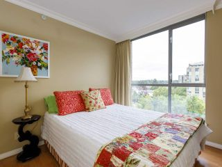 """Photo 17: 704 1575 W 10TH Avenue in Vancouver: Fairview VW Condo for sale in """"TRITON"""" (Vancouver West)  : MLS®# R2480004"""